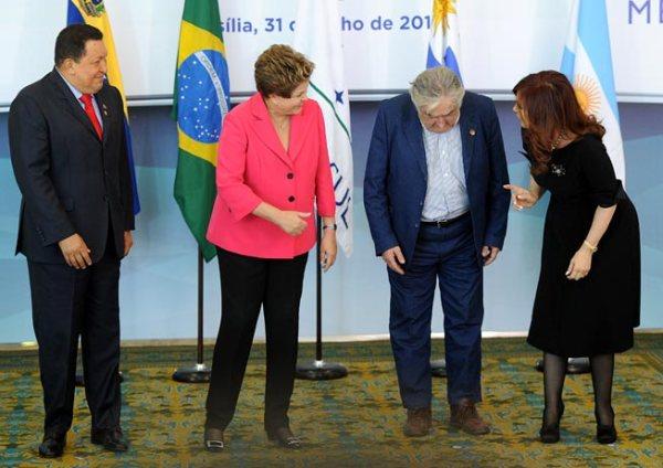 """Con Hugo, Dilma e Cristina a """"la Cumbre"""" del Mercosur"""