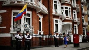 La polizia britannica sorveglia l'ambasciata ecuadoriana a Londra