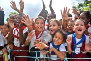 """La posizione di Cuba è riconosciuta a livello mondiale per i suoi alti indici d'attuazione degli obiettivi fissati nel piano """"Educación Para Todos"""" rispetto a quanto fatto nei paesi sviluppati"""