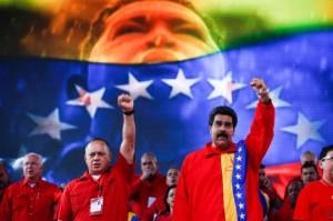 Diosdado-Cabello-y-Nicolás-Maduro-540x359